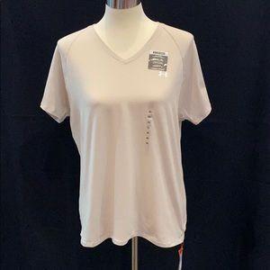 NWT woman's Under Armour short sleeve top